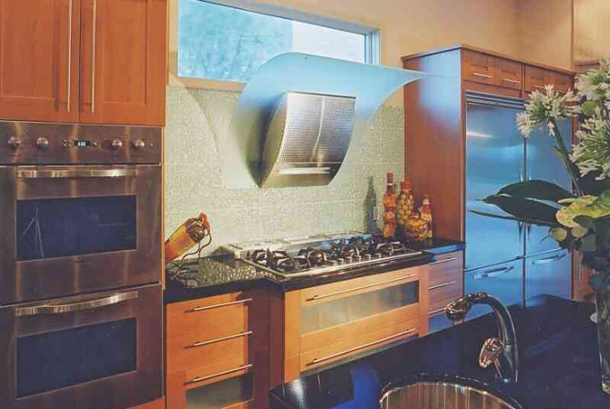 Дизайн квадратной кухни 12 м